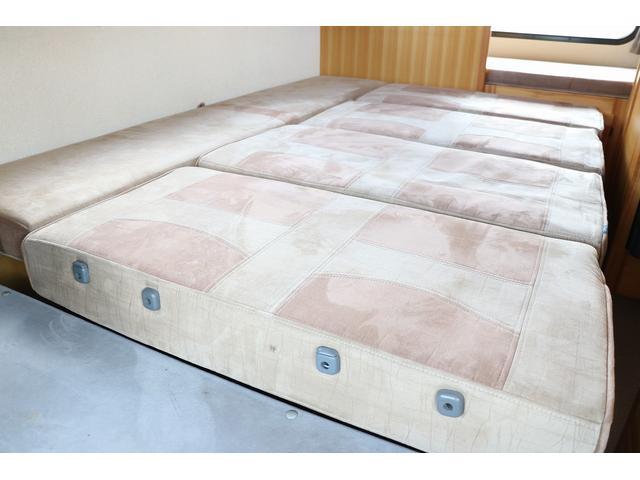 キャンピング AtoZ製アミティ 1オーナー 常設2段ベッド(68枚目)