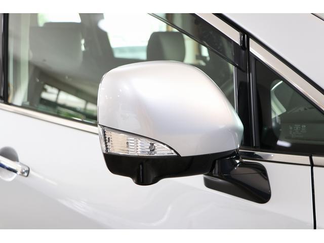 350ハイウェイスタープレミアム 4WD ナビ フリップダウンモニター アラウンドビュー ETC ブラックレザーシート Wサンルーフ レーダークルーズ 踏み違い防止 スカッフイルミ 両側電動スライド パワーバックドア 1オーナー(33枚目)