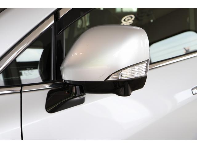 350ハイウェイスタープレミアム 4WD ナビ フリップダウンモニター アラウンドビュー ETC ブラックレザーシート Wサンルーフ レーダークルーズ 踏み違い防止 スカッフイルミ 両側電動スライド パワーバックドア 1オーナー(34枚目)