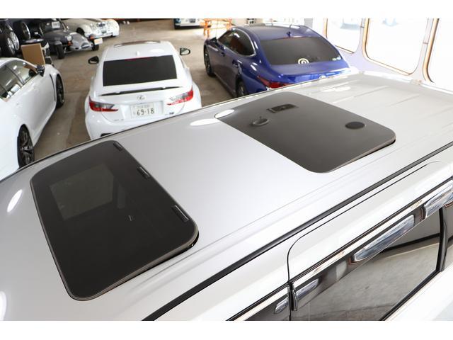350ハイウェイスタープレミアム 4WD ナビ フリップダウンモニター アラウンドビュー ETC ブラックレザーシート Wサンルーフ レーダークルーズ 踏み違い防止 スカッフイルミ 両側電動スライド パワーバックドア 1オーナー(38枚目)