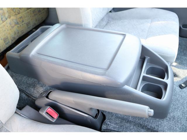 ビークル製ブロス ナビ Bカメラ ETC キーレス サブバッテリー 走行充電 外部電源・充電 シンク 冷蔵庫 FFヒーター 後席モニター サイドオーニング 1オーナー(60枚目)