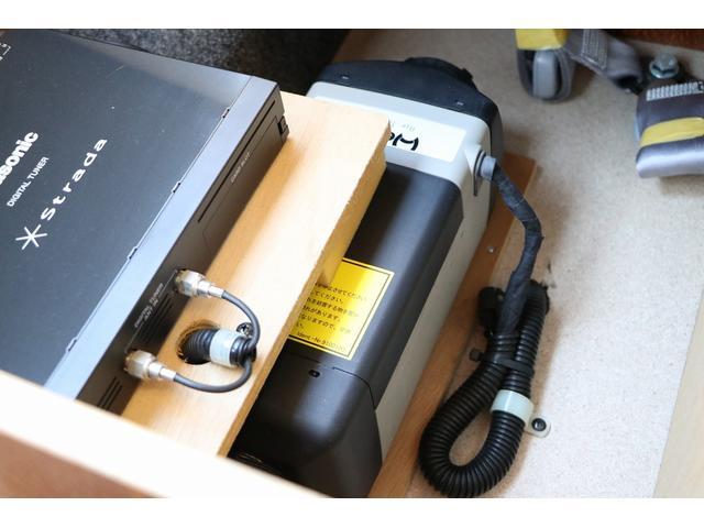 ビークル製ブロス ナビ Bカメラ ETC キーレス サブバッテリー 走行充電 外部電源・充電 シンク 冷蔵庫 FFヒーター 後席モニター サイドオーニング 1オーナー(78枚目)