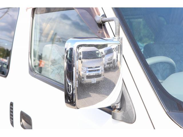 4WD ファーストカスタム製ブランエクスプレス ETC キーレス サブバッテリー 走行充電 外部電源・充電 シンク 冷蔵庫 FFヒーター ベンチレーター サイドオーニング 1オーナー(33枚目)