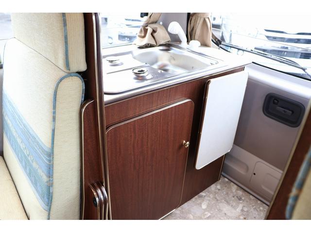 4WD ファーストカスタム製ブランエクスプレス ETC キーレス サブバッテリー 走行充電 外部電源・充電 シンク 冷蔵庫 FFヒーター ベンチレーター サイドオーニング 1オーナー(63枚目)