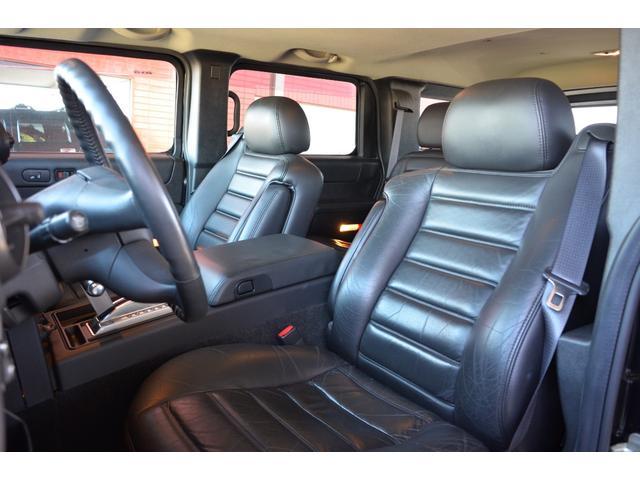 ラグジュアリーパッケージ 新車並行車 4WD サンルーフ 黒革シート HDDナビ 全席シートヒーター BOSEサウンド ETC バックカメラ(12枚目)