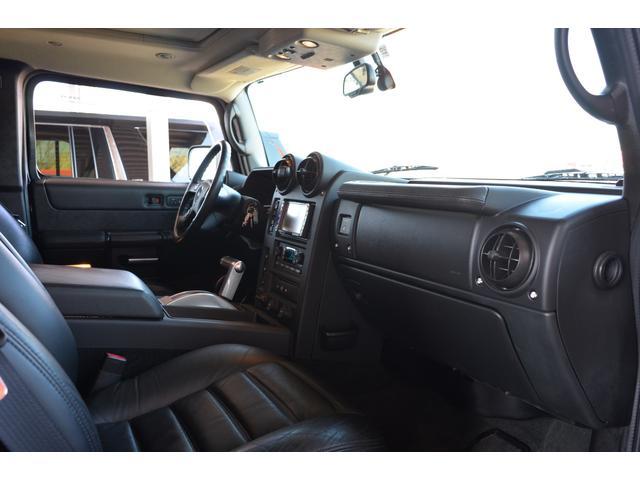 ラグジュアリーパッケージ 新車並行車 4WD サンルーフ 黒革シート HDDナビ 全席シートヒーター BOSEサウンド ETC バックカメラ(19枚目)