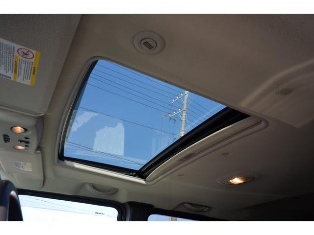 ラグジュアリーパッケージ 新車並行車 4WD サンルーフ 黒革シート HDDナビ 全席シートヒーター BOSEサウンド ETC バックカメラ(29枚目)