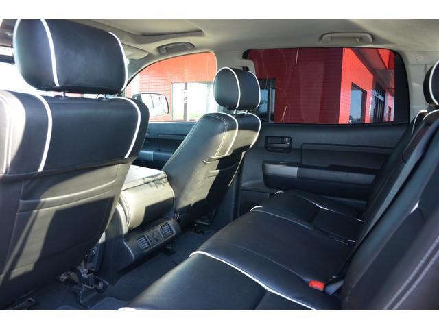 クルーマックス SR5 新車並行 TRDオフロード 4WD リフトアップ XD20インチホイール オーバーフェンダー ハードトノカバー レザーシート サンルーフ HDDナビ バックカメラ サイドステップ ETC(13枚目)