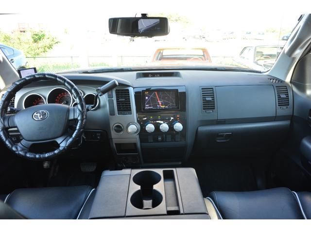 クルーマックス SR5 新車並行 TRDオフロード 4WD リフトアップ XD20インチホイール オーバーフェンダー ハードトノカバー レザーシート サンルーフ HDDナビ バックカメラ サイドステップ ETC(19枚目)