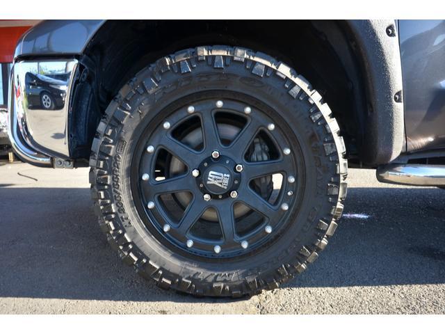 クルーマックス SR5 新車並行 TRDオフロード 4WD リフトアップ XD20インチホイール オーバーフェンダー ハードトノカバー レザーシート サンルーフ HDDナビ バックカメラ サイドステップ ETC(25枚目)