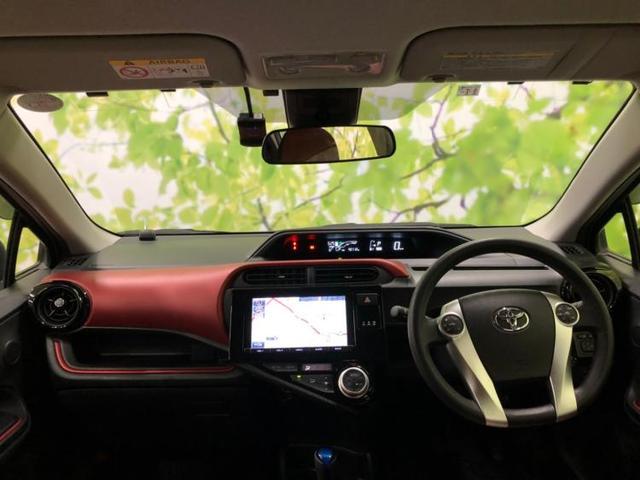 S 純正 9インチ メモリーナビ/ヘッドランプ HID/ETC/EBD付ABS/横滑り防止装置/アイドリングストップ/TV/エアバッグ 運転席/エアバッグ 助手席/アルミホイール/パワーウインドウ 禁煙車(4枚目)