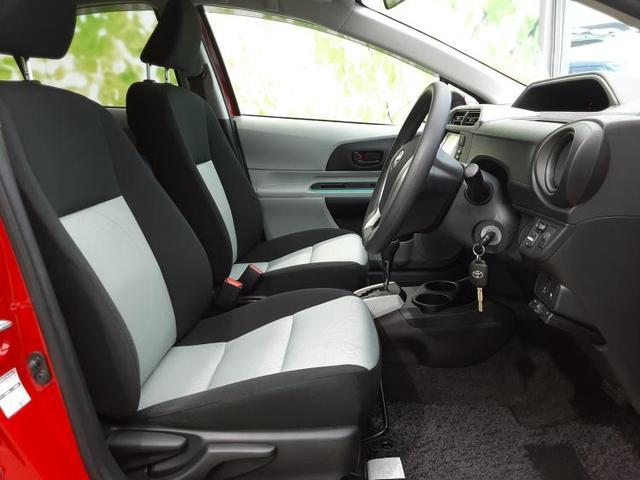 S 純正 7インチ メモリーナビ/ETC/EBD付ABS/横滑り防止装置/アイドリングストップ/TV/エアバッグ 運転席/エアバッグ 助手席/パワーウインドウ/キーレスエントリー/オートエアコン(5枚目)