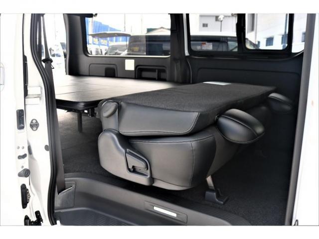 スーパーGL ダークプライムII ロングボディ パーキングサポート・PS無・オリジナル17インチアルミホイール・グッドイヤーナスカータイヤ・オリジナルフロントリップ・オリジナルオーバーフェンダー・ローダウン1.5インチ・7インチワイドナビ・ETC(12枚目)