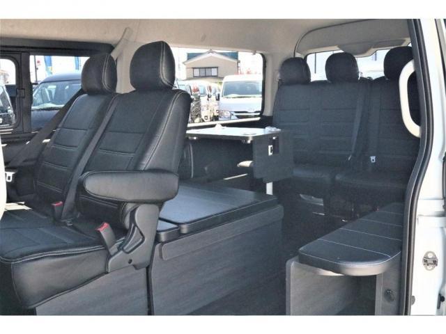 GL ハイエースワゴンGL・4WD・オリジナル内装架装Ver1・ノーマル車高・16インチアルミホイール・モンスタータイヤ・新型・6型ハイエース・ナビ・ETC・フリップダウンモニター・オリジナルシートカバー(12枚目)