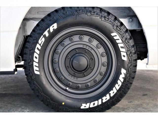 GL ハイエースワゴンGL・4WD・オリジナル内装架装Ver1・ノーマル車高・16インチアルミホイール・モンスタータイヤ・新型・6型ハイエース・ナビ・ETC・フリップダウンモニター・オリジナルシートカバー(19枚目)