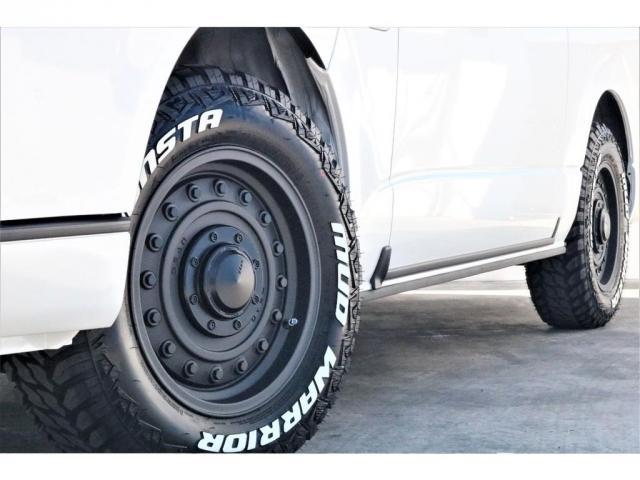 GL ハイエースワゴンGL・4WD・オリジナル内装架装Ver1・ノーマル車高・16インチアルミホイール・モンスタータイヤ・新型・6型ハイエース・ナビ・ETC・フリップダウンモニター・オリジナルシートカバー(20枚目)