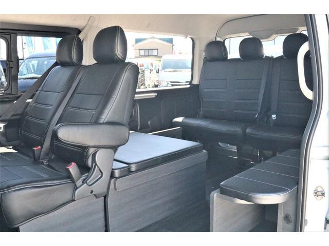 GL ハイエースワゴンGL・4WD・オリジナル内装架装Ver1・ノーマル車高・16インチアルミホイール・モンスタータイヤ・新型・6型ハイエース・ナビ・ETC・フリップダウンモニター・オリジナルシートカバー(42枚目)