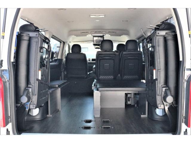 GL ハイエースワゴンGL・4WD・オリジナル内装架装Ver1・ノーマル車高・16インチアルミホイール・モンスタータイヤ・新型・6型ハイエース・ナビ・ETC・フリップダウンモニター・オリジナルシートカバー(45枚目)