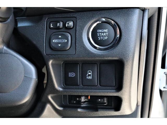 GL ハイエースワゴンGL・4WD・オリジナル内装架装Ver1・ノーマル車高・16インチアルミホイール・モンスタータイヤ・新型・6型ハイエース・ナビ・ETC・フリップダウンモニター・オリジナルシートカバー(62枚目)