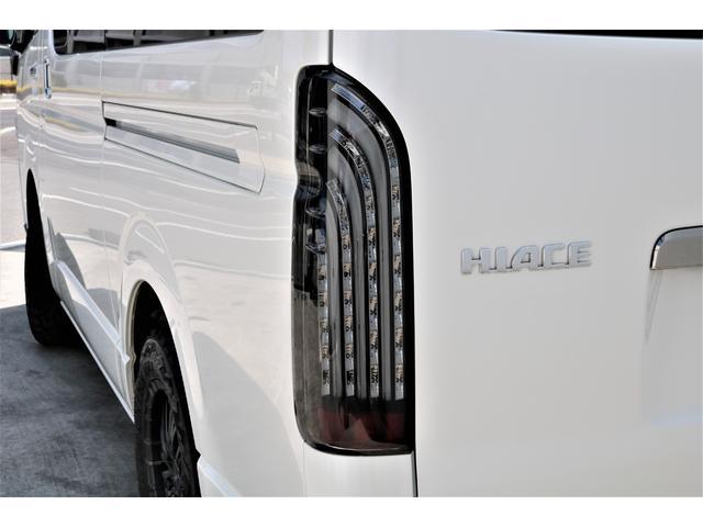 ハイエースバン・スーパーGL・ダークプライム・100V電源・TRDフロントスポイラー・FLEX16インチアルミホイール・トーヨーオープンカントリータイヤ・純正ナビ・ETC2.0・オリジナルLEDテール(40枚目)