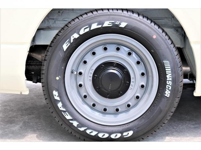 GL パーキングサポート・ハイエースワゴンGLロング・内装架装ベッドキット・フローリング施工・インテリアパネルセット・ローダウン1.15インチ・ローダウン用バンプストップ・16インチアルミホイール・ナスカー(18枚目)