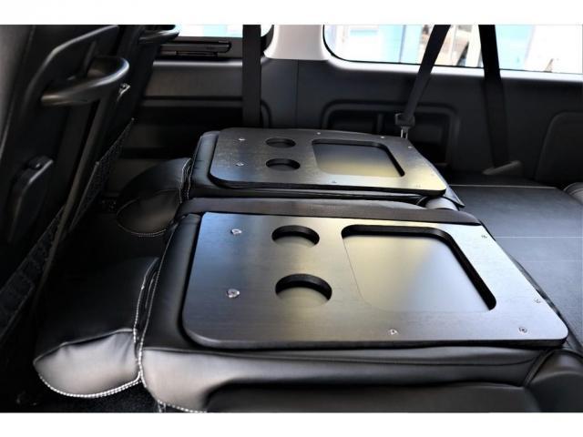 GL ロング パーキングサポート・ハイエースワゴン・パノラミックビューモニター・デジタルインナーミラー・オリジナルシートカバー・オリジナルzeroワゴンベッドキット・7インチワイドナビ・ETC・後席用モニター(12枚目)