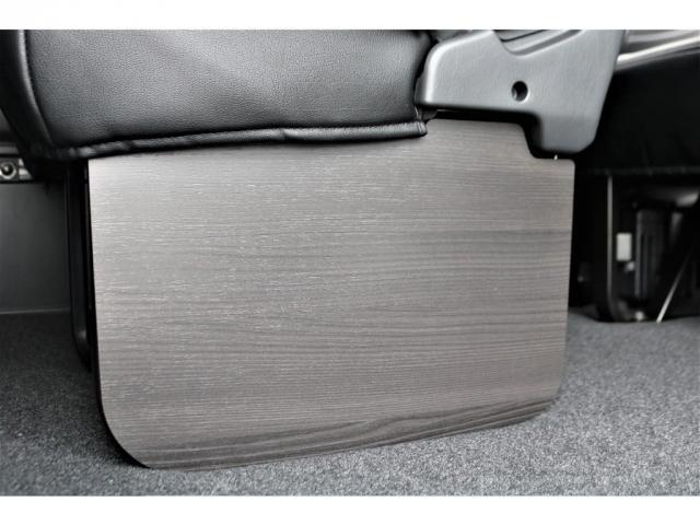 GL ロング パーキングサポート/PVM/6型・10人のり・シートカバー・フットパネル・7インチワイドナビ・後席用フリップダウンモニター・ビルトインETC・オリジナル17インチアルミホイール(12枚目)