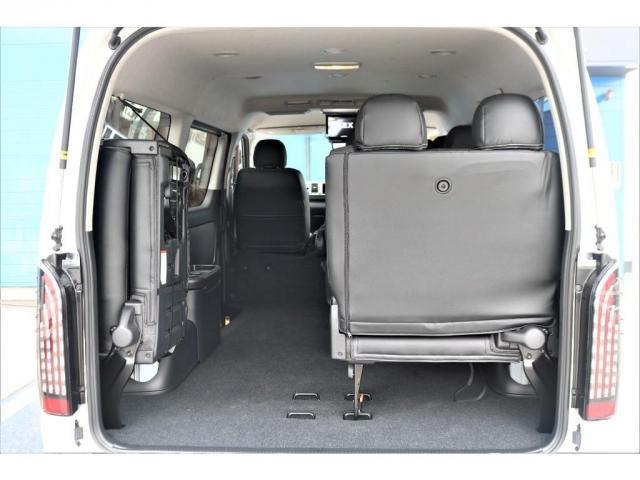 GL ロング パーキングサポート/PVM/6型・10人のり・シートカバー・フットパネル・7インチワイドナビ・後席用フリップダウンモニター・ビルトインETC・オリジナル17インチアルミホイール(15枚目)