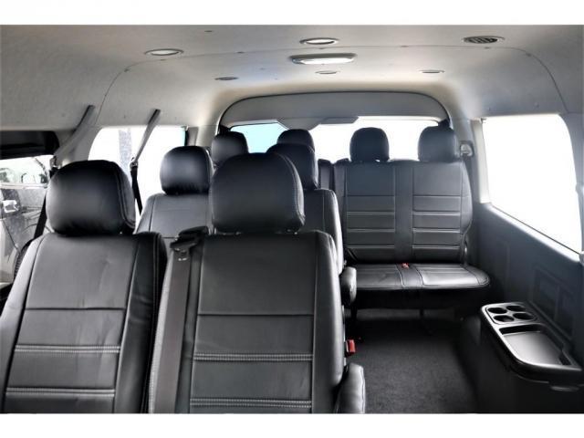 GL パーキングサポート・パノラミックビューモニター・ミドルルーフ・4WD・ベースシート・ファミリーパッケージ・ナビ・ETC・フリップダウンモニター・インテリアパネルセット・オリジナルシートカバー・(14枚目)