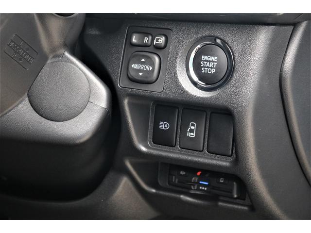 GL パーキングサポート・パノラミックビューモニター・ミドルルーフ・4WD・ベースシート・ファミリーパッケージ・ナビ・ETC・フリップダウンモニター・インテリアパネルセット・オリジナルシートカバー・(41枚目)
