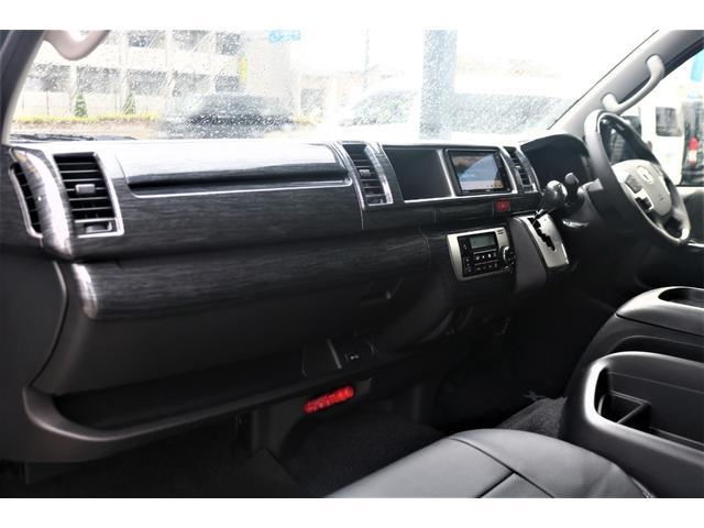 GL パーキングサポート・パノラミックビューモニター・ミドルルーフ・4WD・ベースシート・ファミリーパッケージ・ナビ・ETC・フリップダウンモニター・インテリアパネルセット・オリジナルシートカバー・(47枚目)
