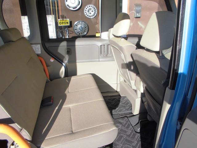 L スローパー 4人乗電動固定式タイプ 福祉車両 新品ナビ(12枚目)