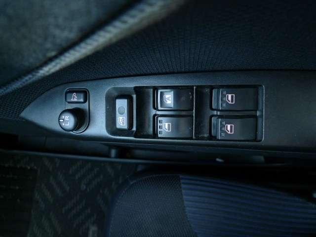 カスタム RS 4WD アルミホイール/電動格納ミラー(16枚目)
