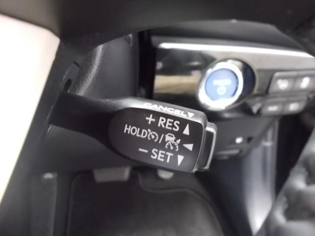 トヨタ プリウス Sセーフティプラス 4WD レーダークルーズ 障害物センサー