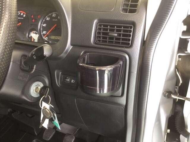 SDX 5速MT車 4WD キーレスエントリー Wエアバッグ(14枚目)