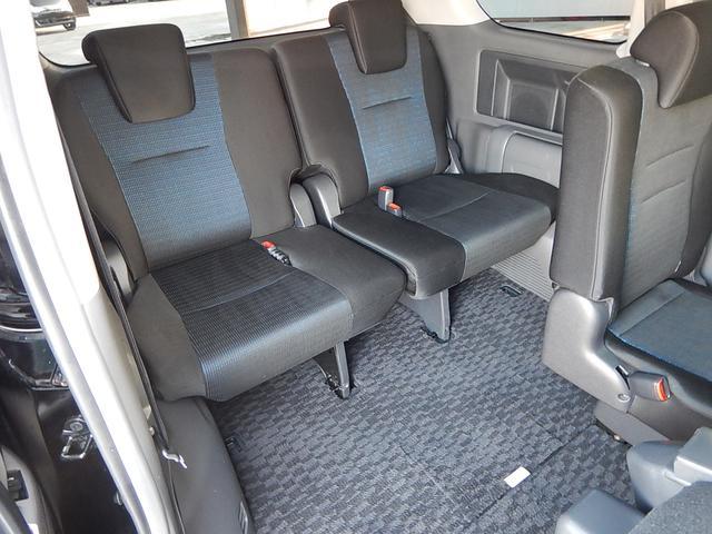 トヨタ ヴォクシー ZS煌・両側自動ドア・HDDナビ・バックカメラ・地デジTV
