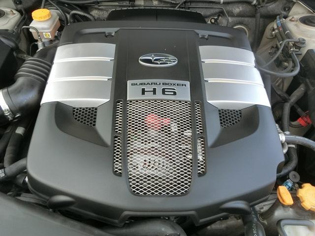 スバル アウトバック 3.0R アイボリーレザー 4WD 5名
