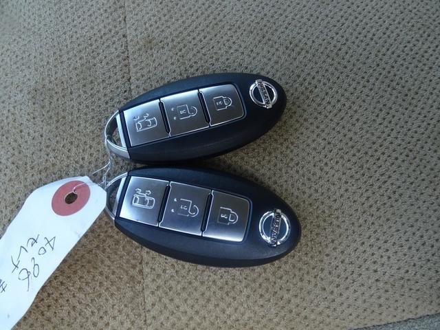 日産 セレナ 20G    CD スマートキーETC ABS