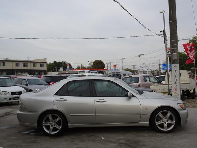 RS200 Zエディション 6速マニュアル車 CD ABS アルミホイールパワステ車検R5年4月15日運転席エアバッグ助手席エアバッグ動 ミラーパワーウィンドウ  93(4枚目)