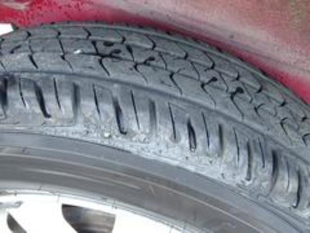XR-II タイミングベルト交換済み パートタイム4WD 修復歴無し 背面タイヤ フロア3AT 運転席エアバック  パワーウィンドウ パワーステアリング(23枚目)