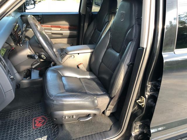 4WD V8 1ナンバー5人乗り 黒革(19枚目)