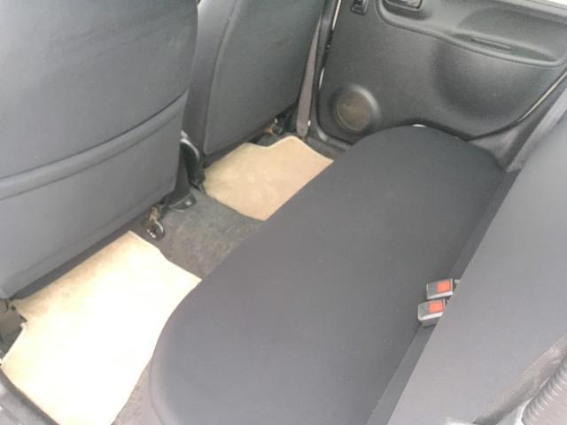 ◎2列目 ベンチシートになっていて乗り心地はとても良く、とてもくつろげる空間になっています!!長距離ドライブでも快適に過ごせます!!