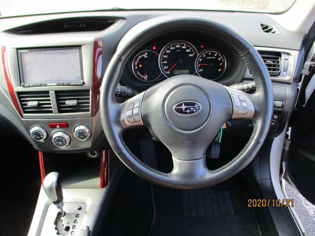 2.0XS 4WD  純正17インチアルミ Pシート シートヒーター(4枚目)