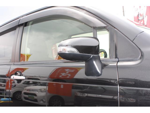 F キーレスキー 盗難防止システム ナビTV スマキー CD HDDナビ ABS オートエアコン エアバッグ フルセグテレビ 整備記録簿 1オーナー車(20枚目)