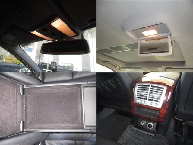 車内の装備品になります!!小物入れも充実しているので、収納もバッチリです!!