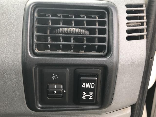 VX-SE 4WD オートマ エアコン パワステ ラジオ(18枚目)