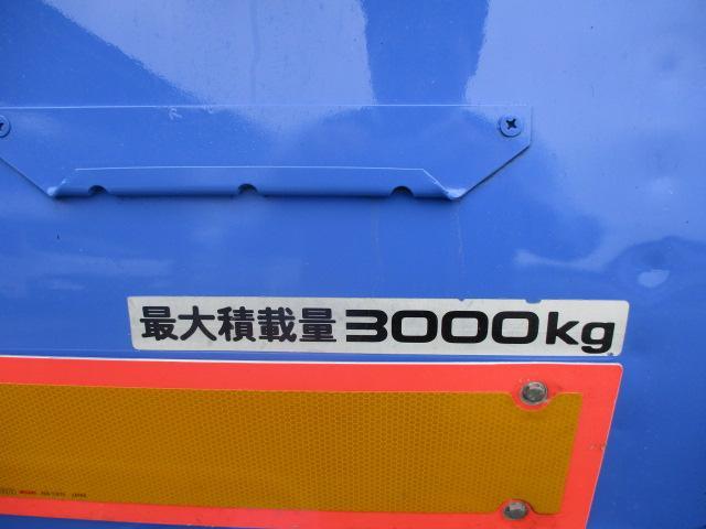 5.0立米 巻込式 パッカー車 積載3トン 連続スイッチ(4枚目)