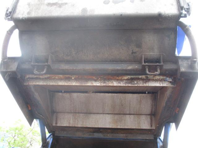 5.0立米 巻込式 パッカー車 積載3トン 連続スイッチ(18枚目)