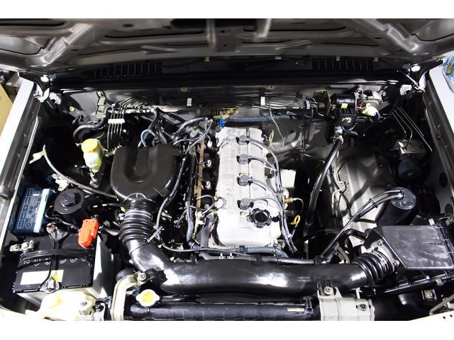 日産 ダットサンピックアップ キングキャブ AX リアメッキステップバンパー 社外テール
