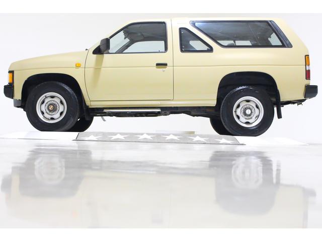4WD US仕様 2ドア車 4ナンバー5人乗り ディーゼル車(8枚目)